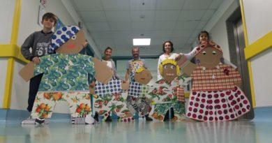 Pittura, disegno, lettura: i bambini si curano anche con la creatività