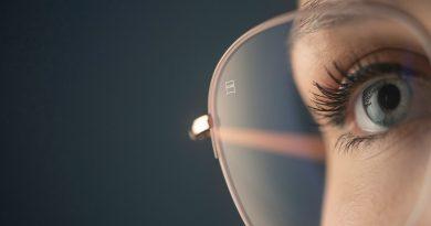Le regole d'oro per il benessere degli occhi in estate.