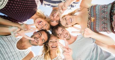 """Salutiamo la mascherina, torniamo a sorridere! In una Top 5 i consigli  dell'odontoiatra Clotilde Austoni, """"The Smiling Doctor"""", per un sorriso perfetto"""